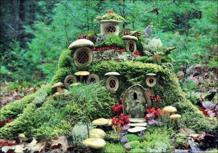 60-deco Disney dans le jardin. Des champignons. Des pierres