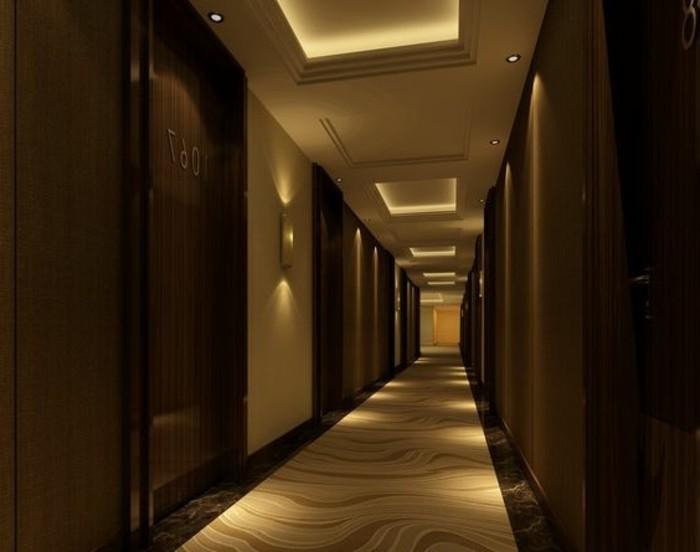 69-Papier peint couloir. Couleur marron et beige.