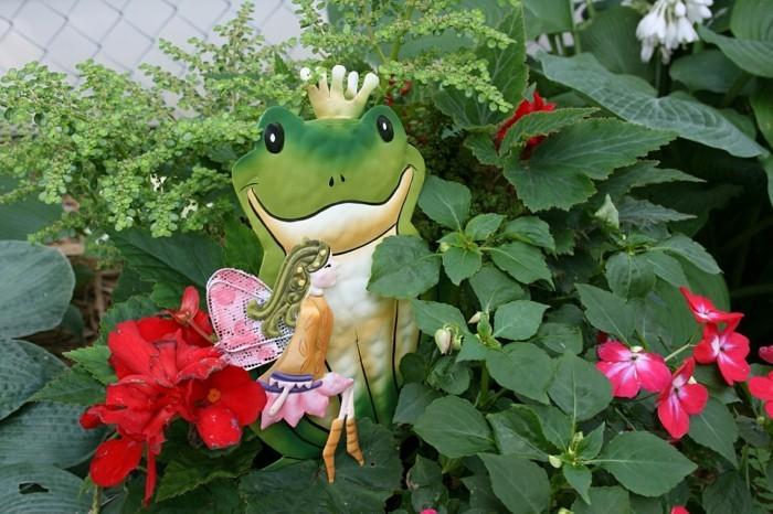 D coration disney dans le jardin plus de 100 photos pour for Decoration jardin grenouille