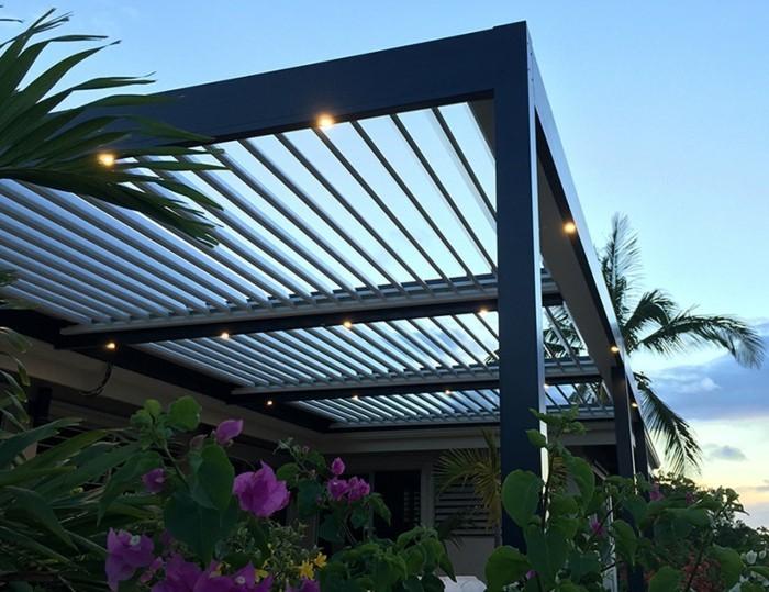 Pergola moderne 99 id es inspirantes for Petite terrasse moderne