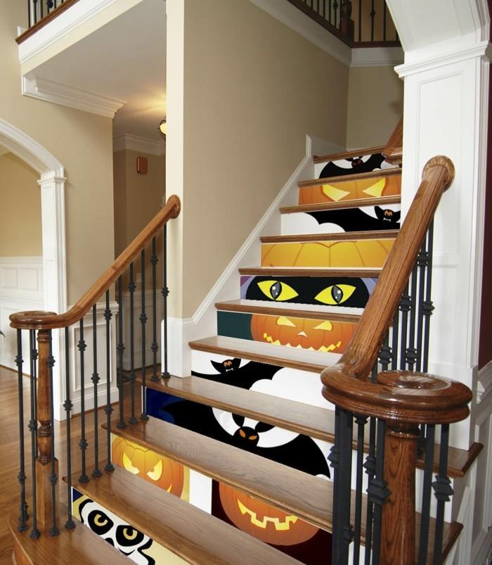 renovation-escalier-idee-peinture-escalier-bois-thématique-deco-peinture-escalier-halloween-idée-extraordinaire