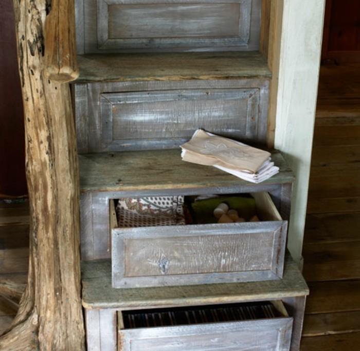 deco-escalier-style-vintage-escalier-façon-usée-espace-de-rangement-dans-les-escaliers