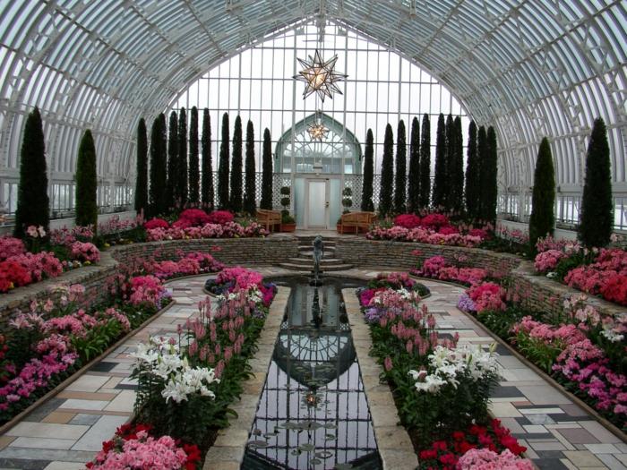 très-jolies-suggestion-veranda-qui-abrite-un-jardin-spectaculaire-admirables-plantes-et-fleurs-veranda-pittoresque
