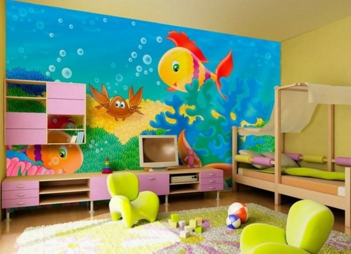 une-suggestion-peinture-chambre-enfant-unique-murs-en-jaune-murs-avec-un-dessin-mural-représentant-les-fonds-marrins