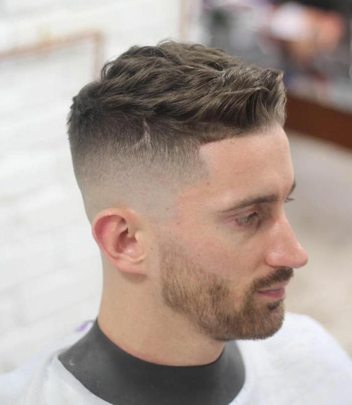 Coupe-de-cheveux-court-homme-coupe-homme-tendance