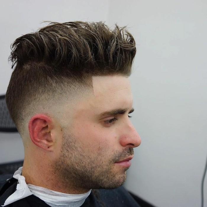 Coupe-de-cheveux-court-homme-dégradé-homme