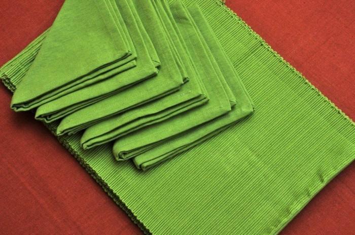 Pliage-de-serviette-pour-noel-pliage-de-serviettes-en-papier-pour-noel