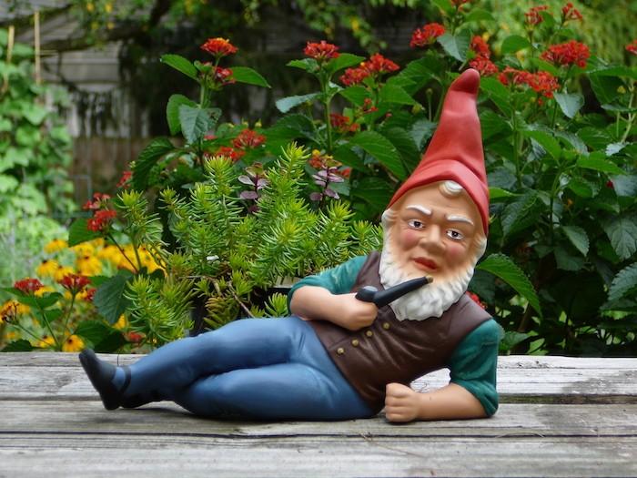 amenagement-jardin-deco-pas-cher-nain de jardin