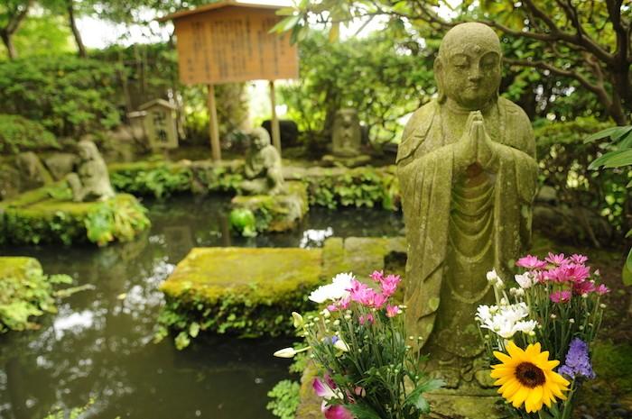 amenagement-jardin-zen-statue-bouddha-petit