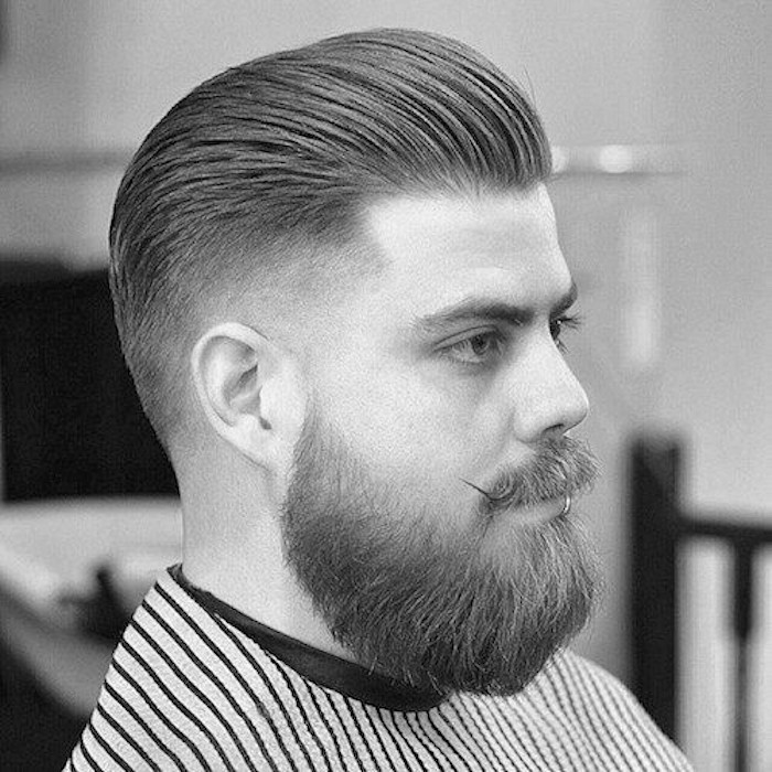 barbe-homme-blond-taillee-degrade