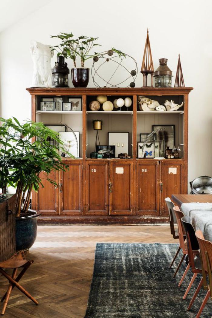 buffet-de-salle-à-manger-bahut-antique-en-bois-foncé