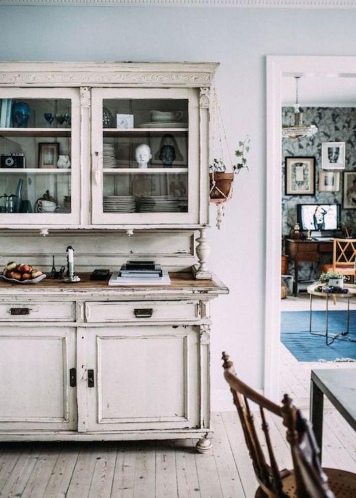 buffet-de-salle-à-manger-buffet-ancien-avec-vitrine