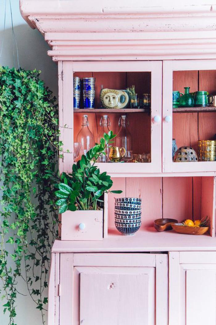 buffet-de-salle-à-manger-buffet-vintage-peint-rose