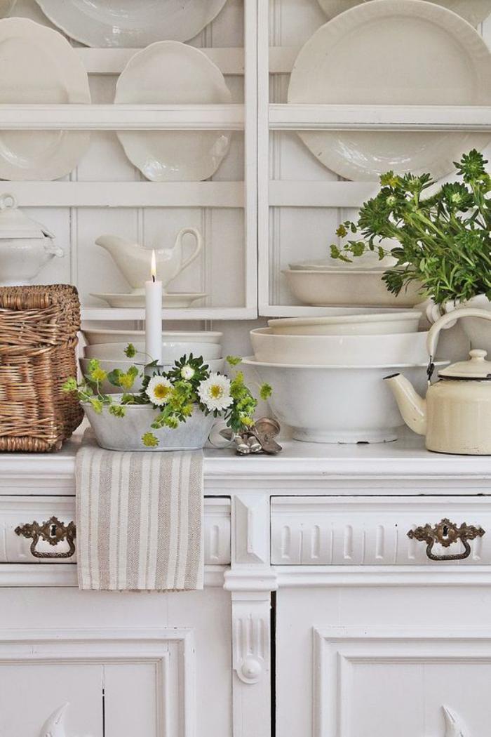 buffet-de-salle-à-manger-grand-buffet-blanc-avec-présentoir