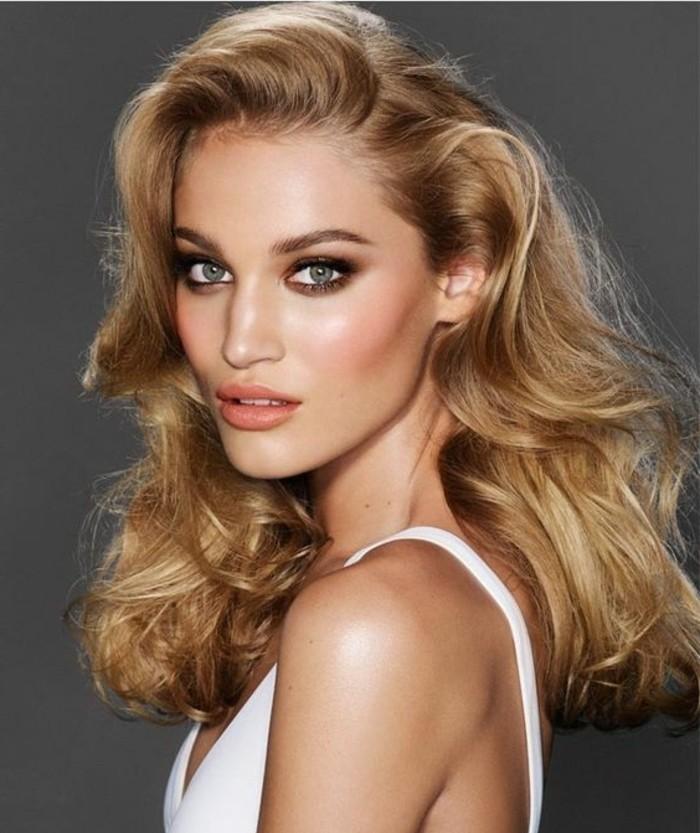 charlotte-tilbury-maquillage-comment-se-maquiller-les-yeux-verts-comment-les-profs