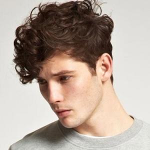 Cheveux épais homme - comment choisir la bonne coupe des cheveux ?