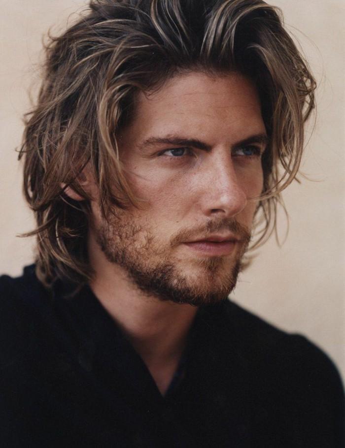 coiffure homme longue