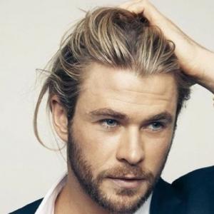 Cheveux long homme: exemples et astuces pour se pousser les cheveux longs