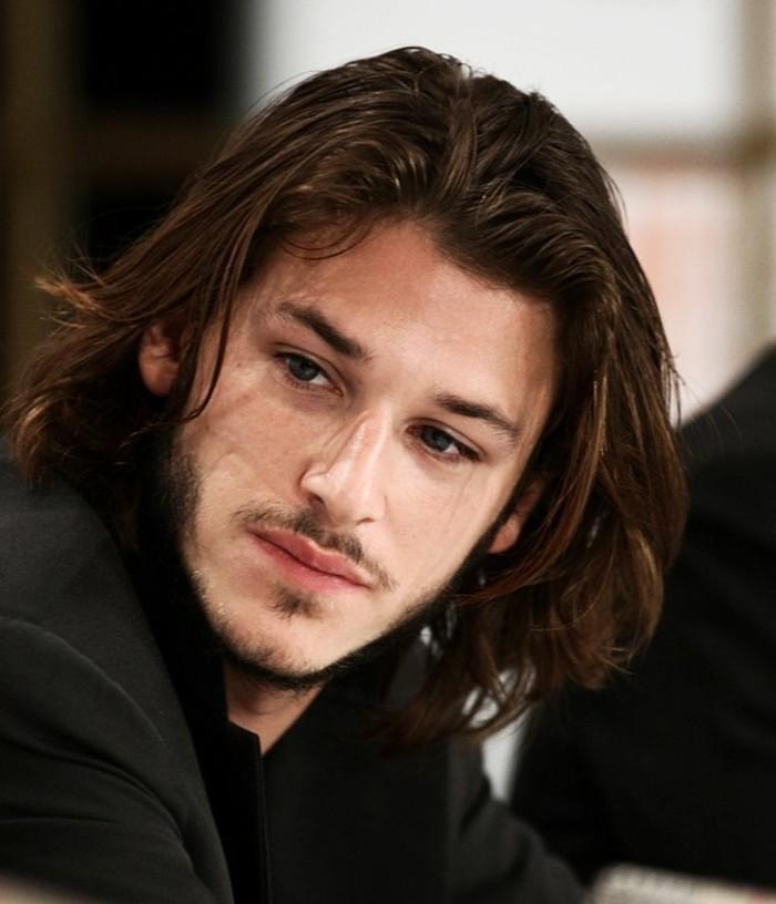 Coupe Cheveux Très Longs: Cheveux Long Homme: Exemples Et Astuces Pour Se Pousser