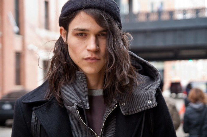 cheveux-long-homme-coupes-cheveux-longs