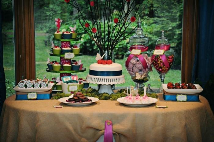 decoraton-table-d'anniversaire-déco-table-anniversaire