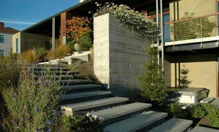 escalier-exterieur-en-béton-escalier-jardin