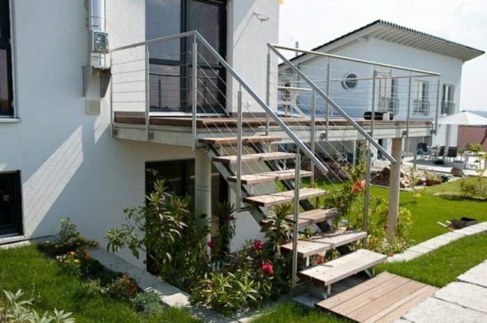 decoration escalier exterieur maison. Black Bedroom Furniture Sets. Home Design Ideas