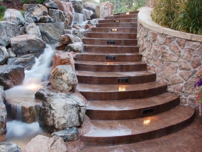 L 39 escalier ext rieur en 57 photos qui vous feront r ver for Escalier exterieur beton arrondi