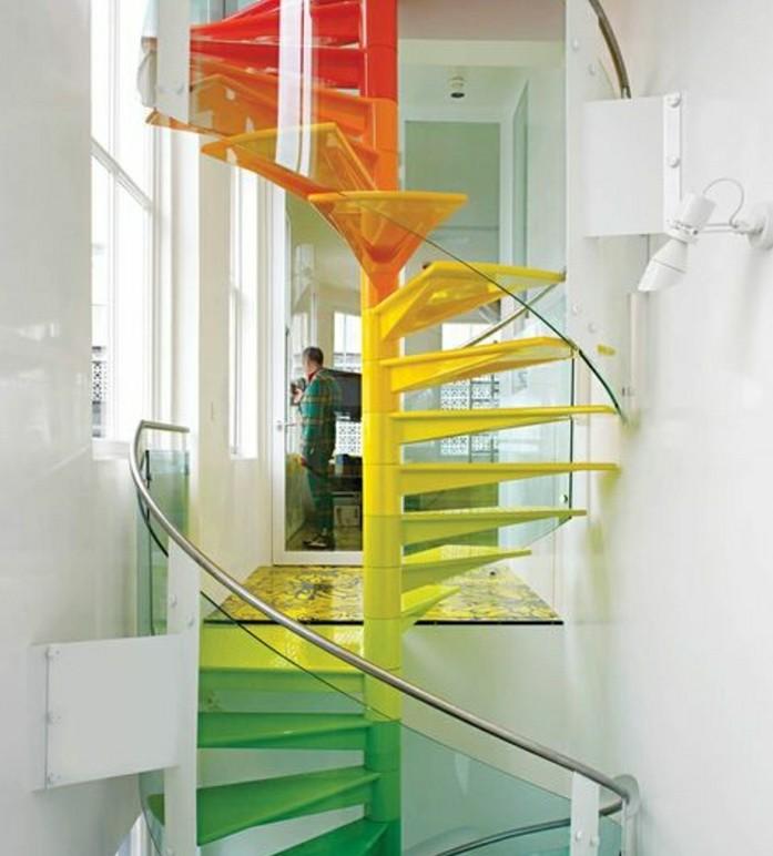 escalier-quart-tournant-escalier-tournant-pour-l-interieur-moderne-de-couleur-jaune-verte-et-rouge