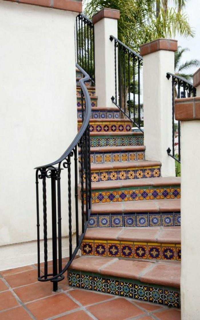 escalier-quart-tournant-exterieur-belle-idée-déco-escalier-extérieur