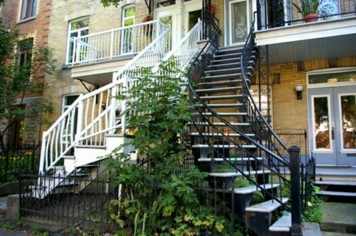 escalier-quart-tournant-exterieur-escalier-en-noir-et-blanc