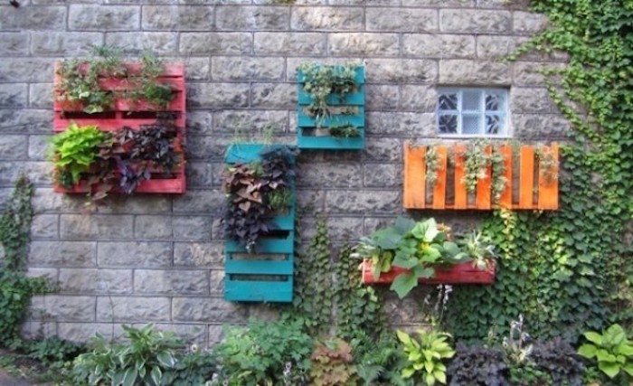 fabriquer-une-jardinière-en-bois-pas-cher-palette
