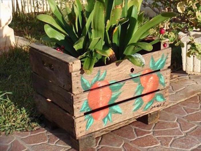 fabriquer-une-jardinière-en-bois-pas-cher-palettes