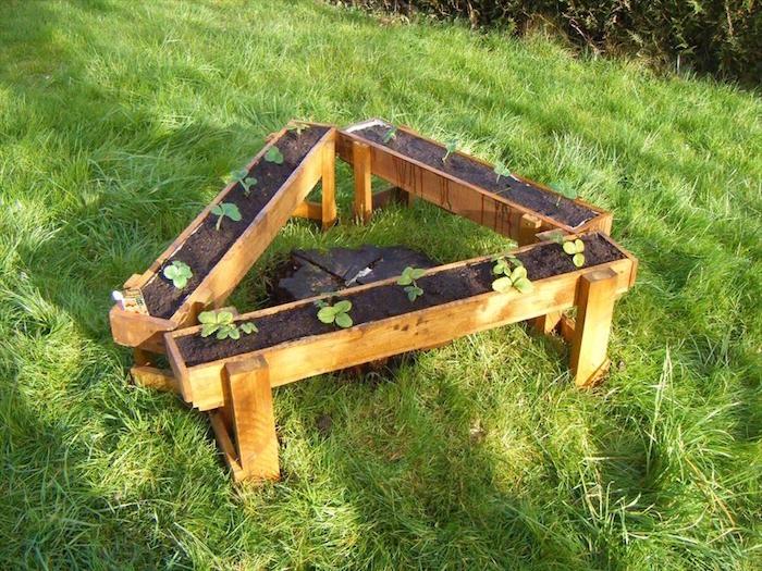 Fabriquer une jardini re en bois mode d 39 emploi et 35 belles id es en ph - Faire une allee de jardin pas cher ...