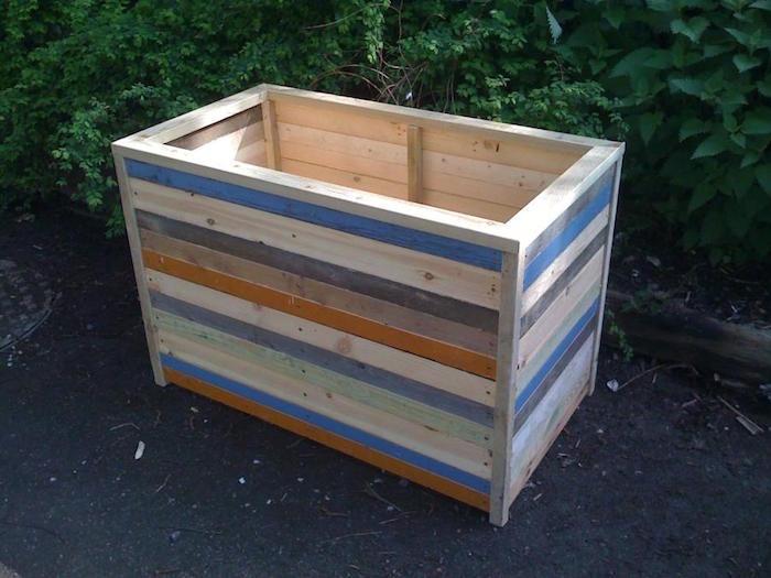 faire-une-jardiniere-jardinière-bois-peinture
