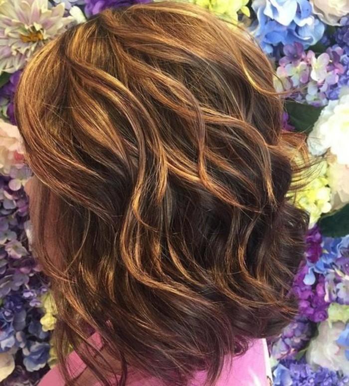 Couleur de cheveux brun meche caramel