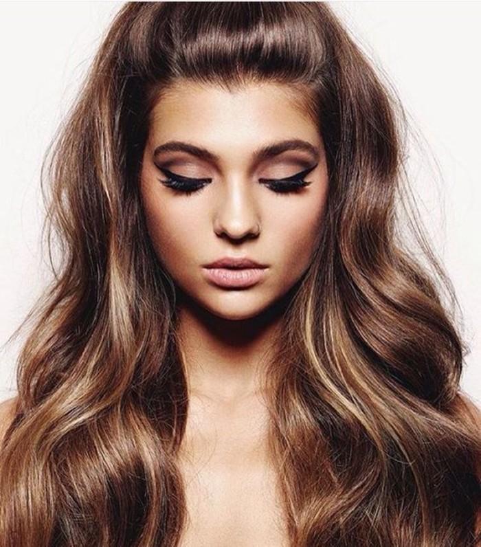 fille-beauté-coiffure-mignonne-coloration-meche-caramel-balayage-blond-et-caramel