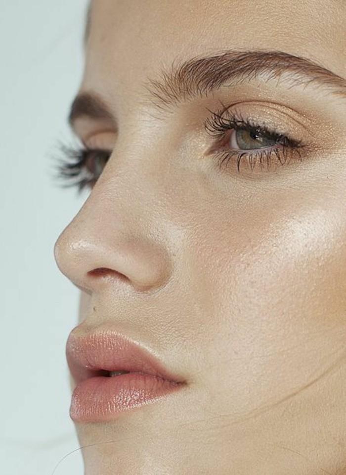 fond-de-teint-non-comédogène-idee-fond-de-teint-a-choisir-maquillage-visage-pale