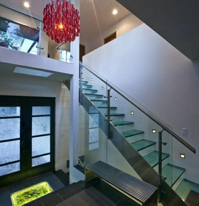 escalier-moderne-garde-corps-en-verre-escalier-verre-et-métal