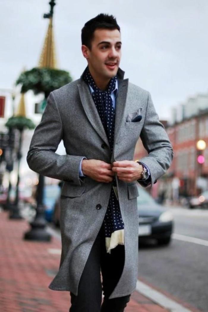 habiller-bien-une-écharpe-en-soie-pour-homme-street-style