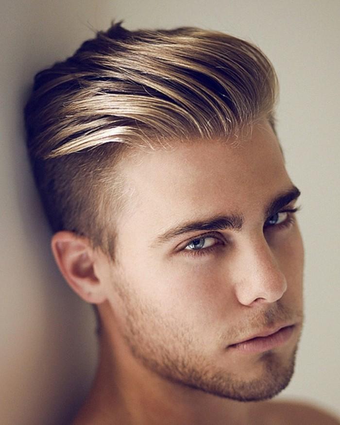 Cheveux long mais epais homme