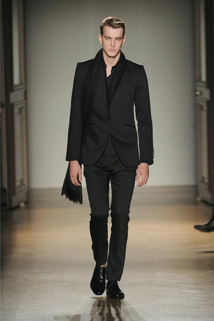 idée-costume-devred-veste-de-costume-homme-cool-defilé