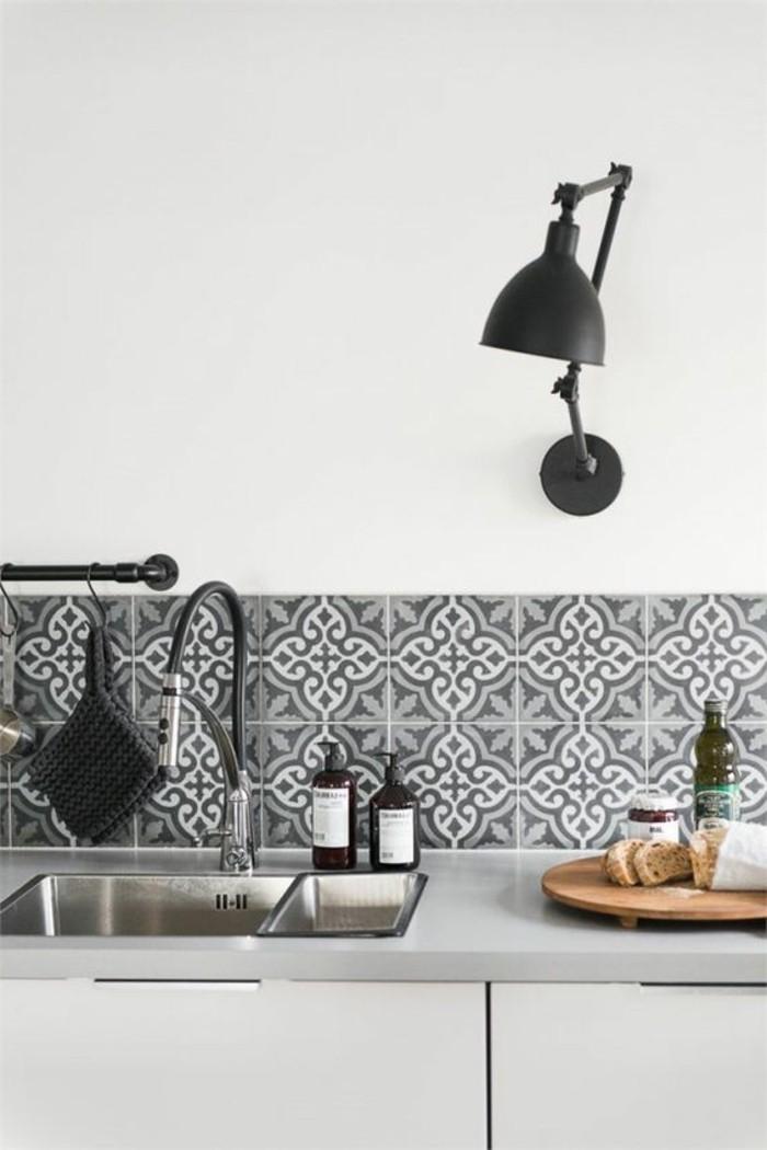lampe-d-appoint-pour-la-cuisine-luminaire-design-de-cuisine-en-blanc-et-gris