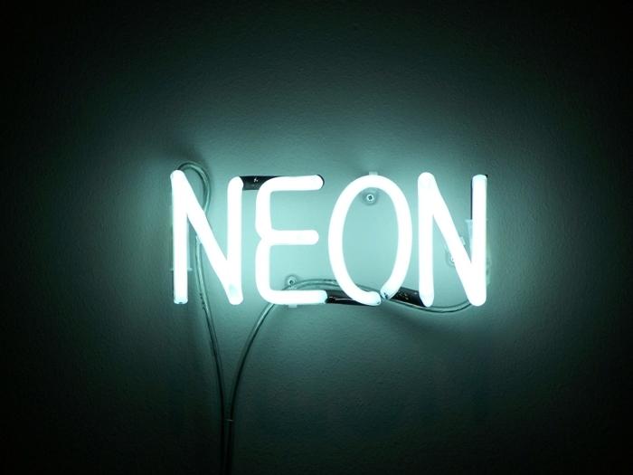 lampe-néon-lampe-fluorescente