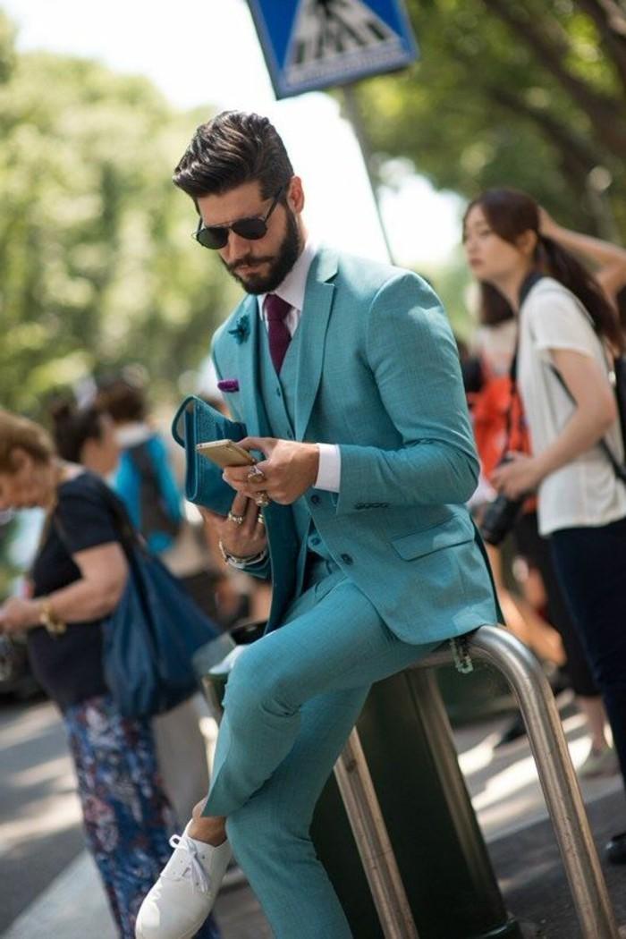 le-veston-homme-costume-bleu-roi-cool-idée-sur-la-rue