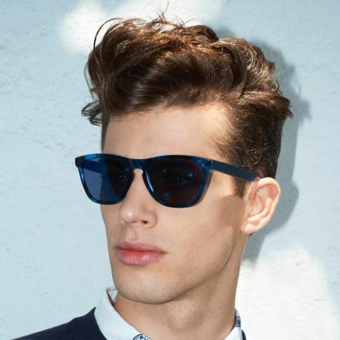 les-tendances-chez-la-coupe-de-cheveux-homme-cheveux-boucles-shampoing-cheveux-boucles