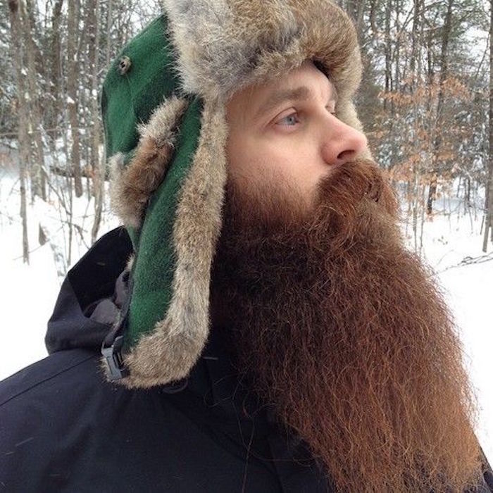 longue-barbe-homme-tendance-bucheron