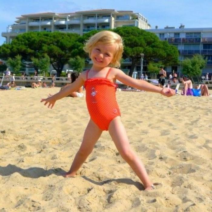 maillot-de-bain-fille-5-ans-Guide-piscine-fr-resized