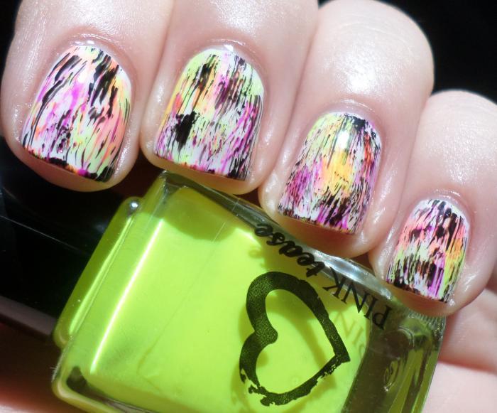 manucure-graffiti-nail-art-graffiti-super-funky