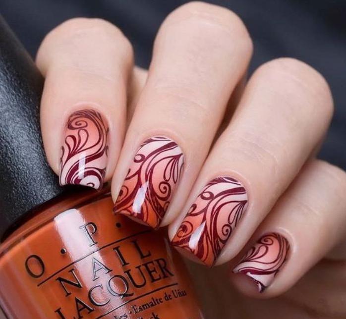 manucure-graffiti-stamping-nail-art-ongles-graffiti